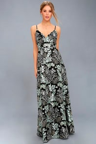 NIGHT BLOOMS BLACK EMBROIDERED LACE MAXI DRESS at Lulus.com!