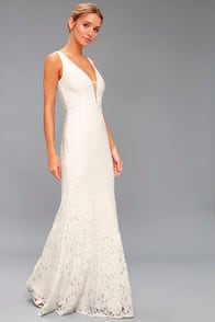 EVERLY WHITE LACE MAXI DRESS at Lulus.com!