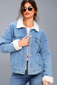 Mountain Chalet Medium Wash Denim Shearling Jacket at Lulus.com!