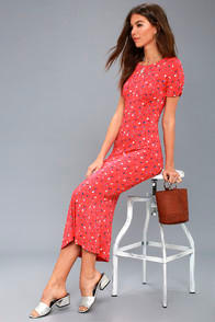 Caroline Coral Red Floral Print Midi Dress at Lulus.com!