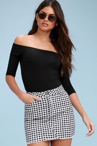 Brecken Black and White Gingham Denim Mini Skirt at Lulus.com!