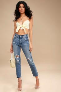 501 Skinny Light Blue Distressed Jeans at Lulus.com!