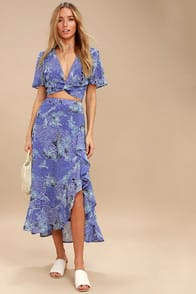 Views Periwinkle Blue Floral Print Two-Piece Maxi Dress at Lulus.com!