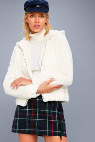 Soft Spot Cream Faux Fur Hoodie at Lulus.com!