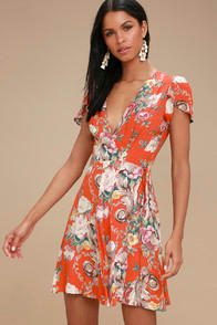 Rollas Dancer Coral Red Floral Print Wrap Dress at Lulus.com!