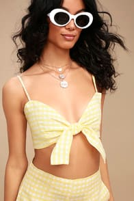 Garnier Yellow Gingham Tie-Front Crop Top at Lulus.com!