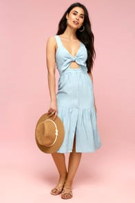 Bennett Light Blue Chambray Tie-Front Midi Dress at Lulus.com!
