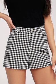 Cross the Line Black and White Gingham Shorts at Lulus.com!