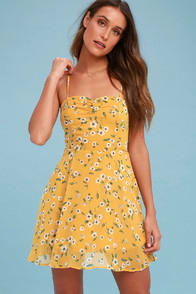 Daisies Go By Mustard Yellow Floral Print Dress at Lulus.com!