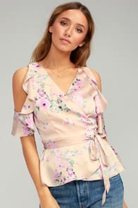 Everything's Bouquet Nude Floral Print Wrap Top at Lulus.com!