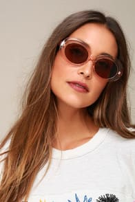FRANCIS PEACH SUNGLASSES at Lulus.com!