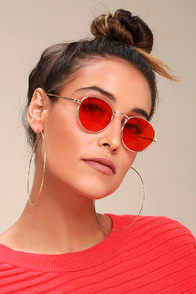 BE YOURSELF GOLD AND RED SUNGLASSES at Lulus.com!