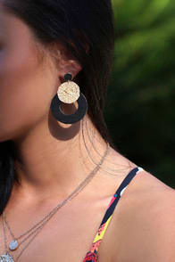 Oceana Black Wooden Earrings at Lulus.com!