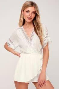 Lulus Rylen White Lace Swim Romper Cover-Up at Lulus.com!